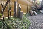 ほたる灯篭の庭