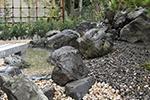 岩清水の庭